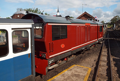 Douglas Ferreira with the 0930 at Ravenglass.
