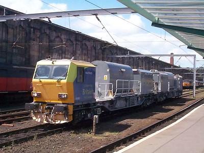 DR98961 and DR98911, Carlisle, 12th July 2003