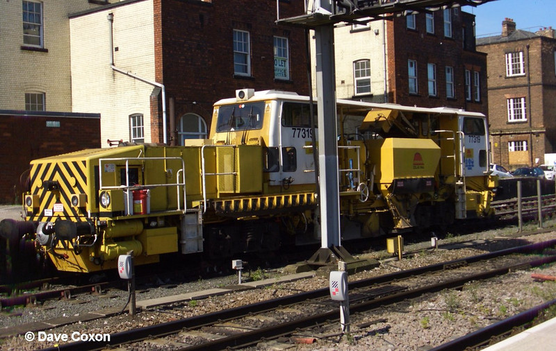 77319 Plasser & Theurer USP5000C Ballast Regulator at Derby on 12th September 2009