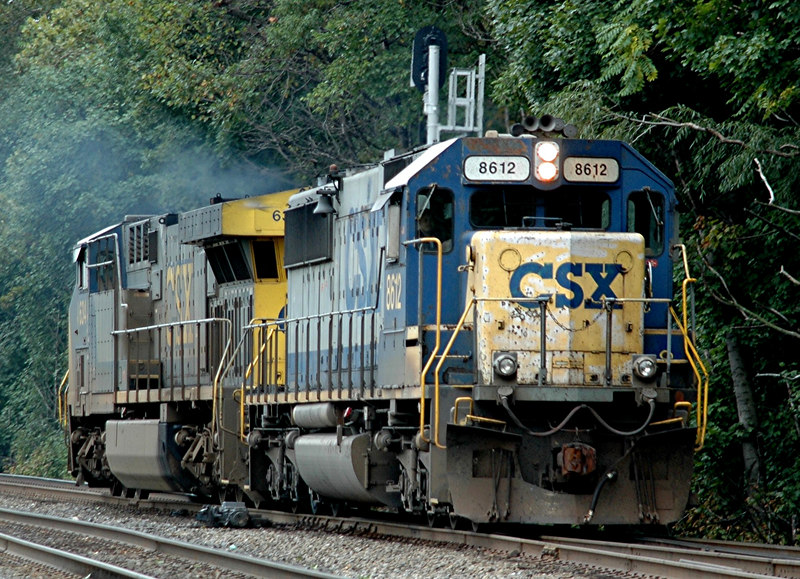 CXS SD 50-2  8612 & GP40-2 6341  IN a light power move north on the River Line In Bogota, N.J.