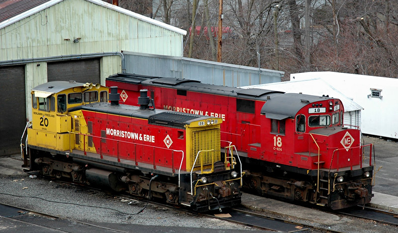 Morristown & Erie Railway  Shop .. EMD 1500SW & Alco  424 18  sit outside during a quiet weekend  photo taken at Morristown,N.J.