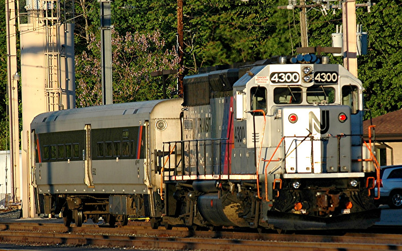 New Jersey Transit  NJT 4300 a GP-30  at  the  dover yard in  Dover Nj  muinutes before the  sun goes down