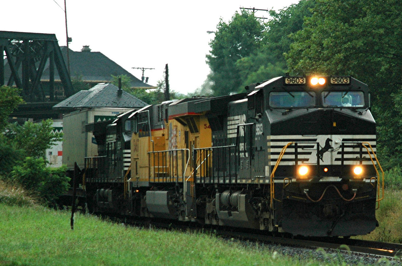 Norfolk Southern  EMD C40-9  9603  leads east past CP Phillipsburg , N.J.  on the Leigh High Line