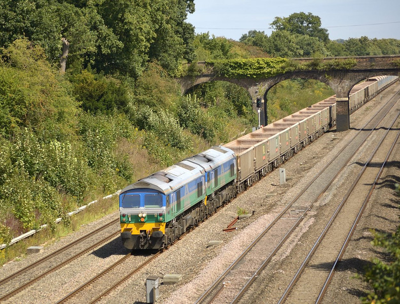 Mendip Rail double at Twyford with 7C77 Acton - Merehead<br /> <br /> 10 August 2011