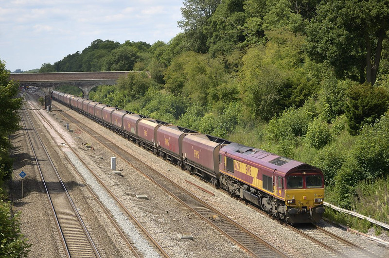 66129 passing Twyford with 4L36   Didcot - Ripple Lane empty HTAs<br /> <br /> 14 June 2011