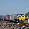Freightliner Class 66 No.66952 draws into Eastleigh with 4O49 09.23 Basford Hall - Southampton Maritime<br /> <br /> 5 September 2012