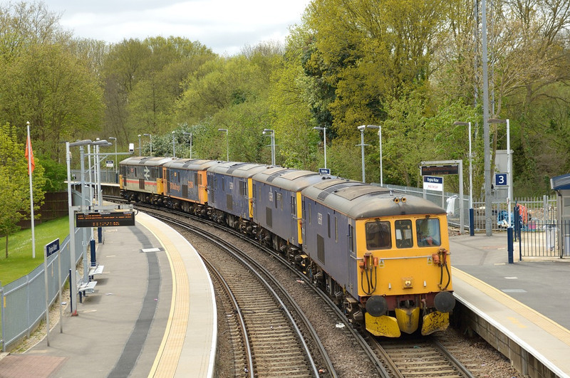 73212 + 73141 + 73213 + 73206 + 73205 pause at Virginia Water<br />  while working 0Y62 10:00 Eastleigh to Tonbridge West Yard<br /> <br /> 5 May 2013