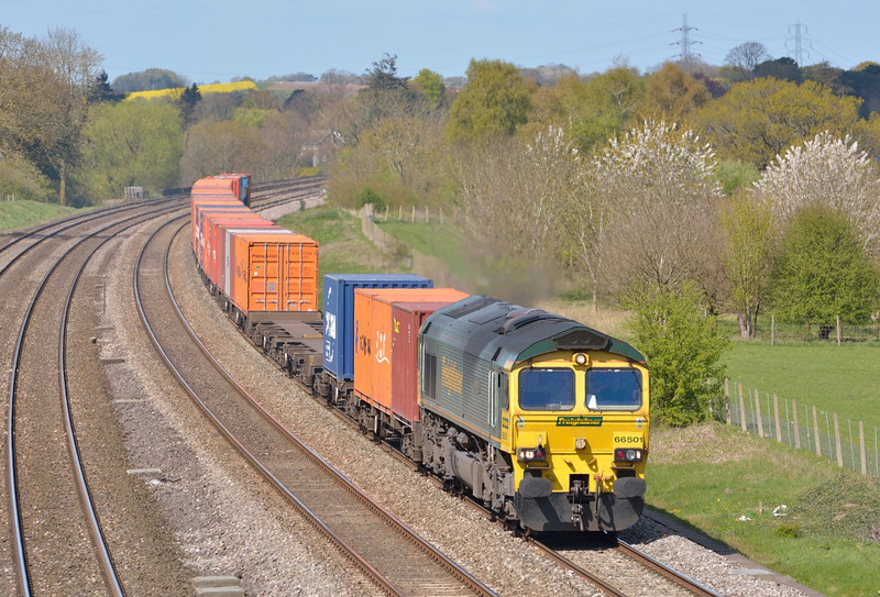 Freightliner Class 66 No.66501 is in charge of 4L32  from Bristol  to Tilbury.  15 April 2014
