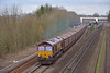 66186 is the motive power for  6M48  Southampton E.Docks - Halewood Jaguar empty car carriers as it powers through Tilehurst<br /> <br /> 4 March 2014