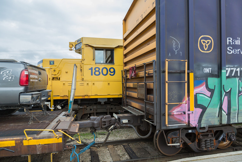 GP38-2 1809 adjacent to the Polar Bear Express.