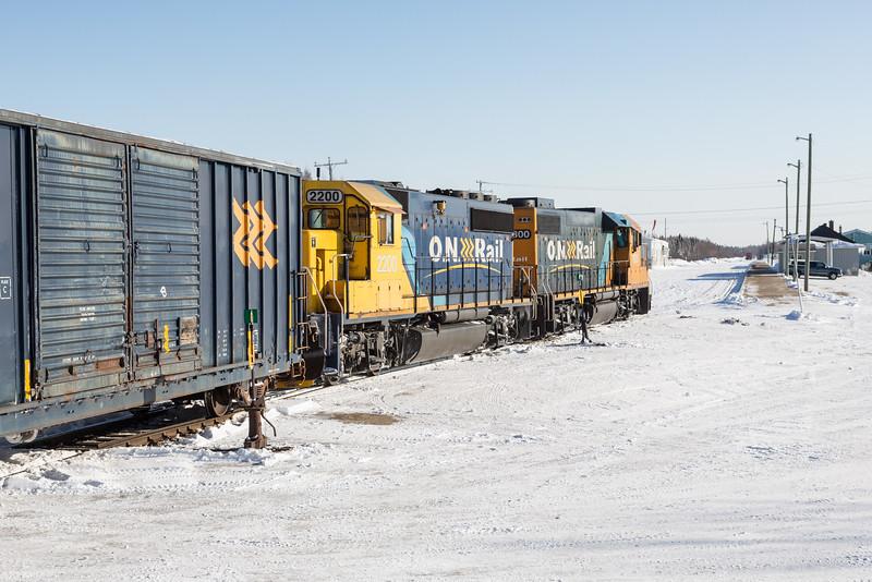 Freight 419 heads into Moosonee behind GP38-2 1800 and GP40-2 2200.