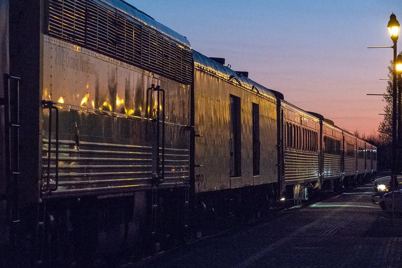 Polar Bear Express passener consist arriving in Cochrane 2018 May 28th