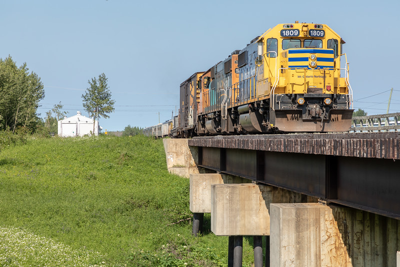 Polar  Bear Express ready to depart Moosonee behind GP38-2 1809 and 1806. 2018 July 11. Four coaches, one snack car.