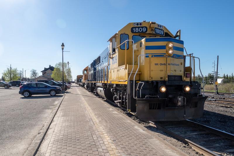 Polar Bear Express at Cochrane station 2018 May 29th. GP38-2 1809 and 1805.