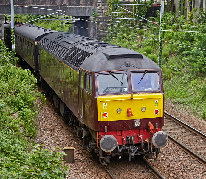 Class 47 Diesel Locomotive (47832) at Gourock - 29 May 2016