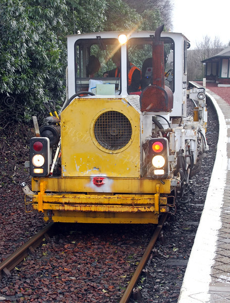 GWS 75 Tamping Machine - Garelochhead Station - 5 February 2012