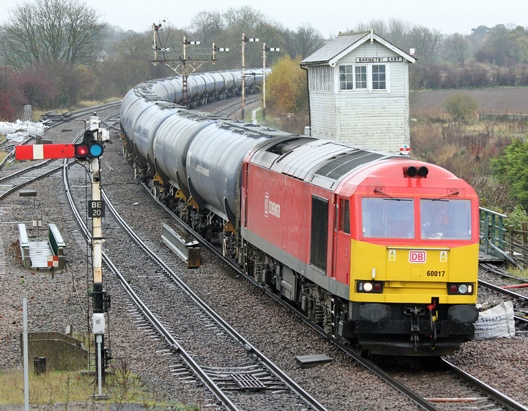 60017 approaches Barnetby on Friday 14th November 2014 with the 6M00 Humber to Kingsbury loaded tanks.