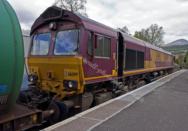 DB Schenker class 66 - 66099 - Crianlarich Station