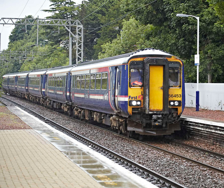 Sprinter - 156493 - Passing Bowling Station - 5 August 2012