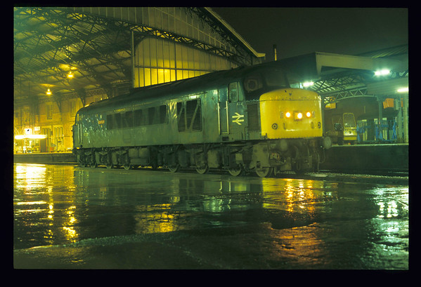45128 Bristol Temple Meads 12/11/1987