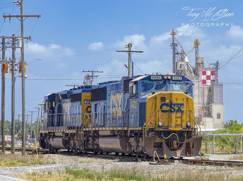 CSX 4682 and 4027 in Mulberry, Florida
