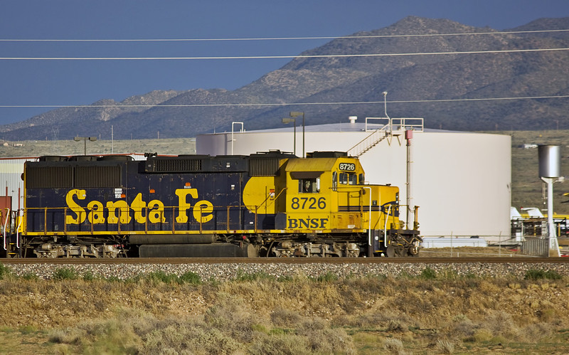 BNSF 8726 still painted in the blue and yellow scheme in Kingman Arizona