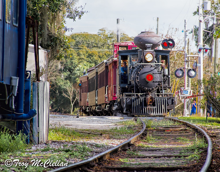 Orange Blossom Cannonball Baldwin 2-6-0 in Mount Dora, Florida