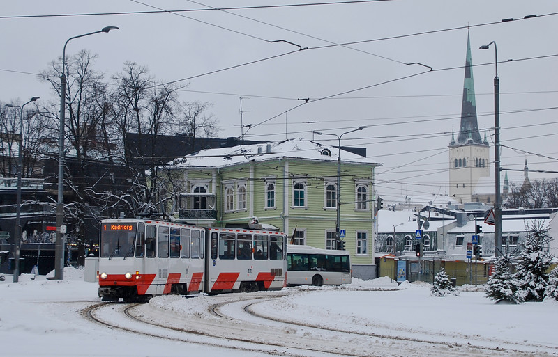 Some shots of Tallinn trams in the snowy winter of 20/21. Routes 3 and  4 converge with routes 1 and 2 at this junction at the edge of the old town. The tram fleet is mostly Tatra KT4s.
