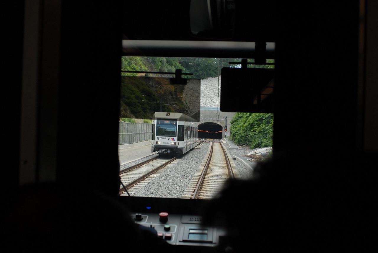 Leaving Tonnelli Ave Station<br /> New Jersey Transit Hudson Bergen Light Rail Line