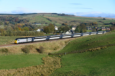 43367 leads the 09.37 Doncaster-Aberdeen past Gilsland 10/11/13.