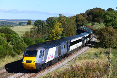 A diverted York-Aberdeen HST passes Scarrow Hill 7/10/12