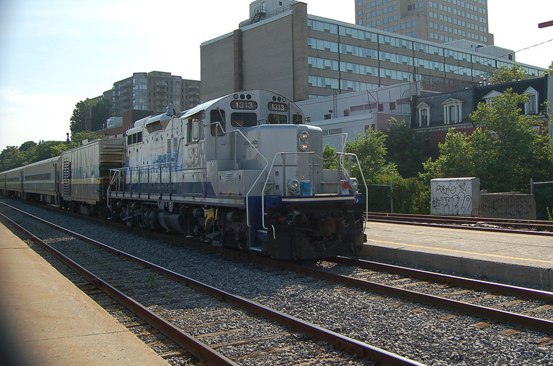 AMT 1313 - Montreal Station, QC, Canada - 16 June 2006