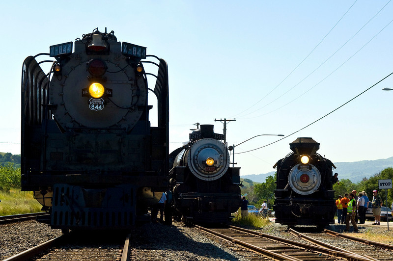Union Pacific 4-8-4 #844, Southern Pacific 4-6-2 #2472 and Robert Dollar #3 pause for railfans at Hearst, near Sunol, CA.