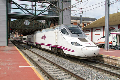 Talgo 250 set 130 054 departs from Valladolid forming ALV 4111 07.17 Castellon to Gijon. Thursday 20th April 2017.