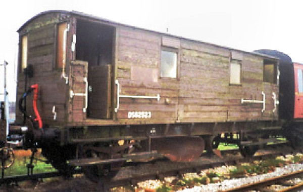 6330 (62523) SER Plough Brake Van 'Shark'   - Midland Railway Centre 12.01.08  Roy Morris