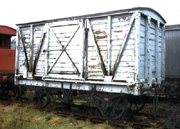 47271 MR Non Vent Van Plank 'Box Van' - Buckinghamshire Railway Centre 19.02.95  John Robinson