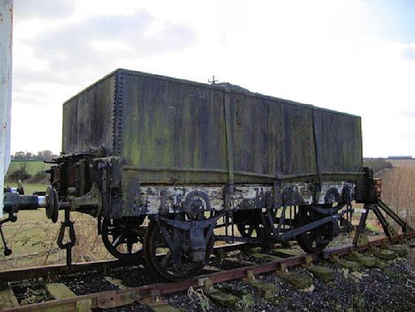568 PO 4w Rectangular Tar Tank - Mangapps Railway Museum 06.03.10  Andrew Jenkins