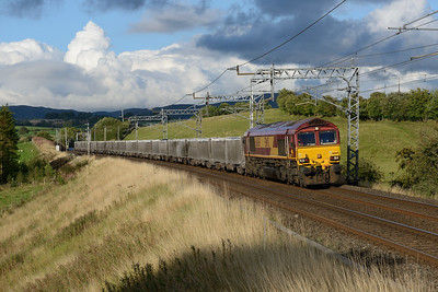 66069 passes Lambrigg with the Hardendale-Margam lime train on 13/8/18.