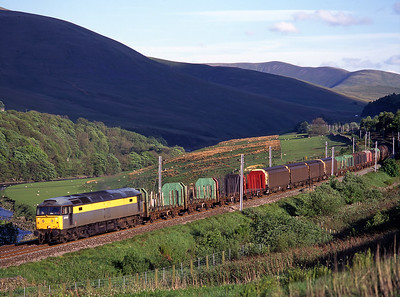 47331 was unusual power for this Arpley-Mossend Enterprise freight, seen in the Lune Gorge on 21/5/99.