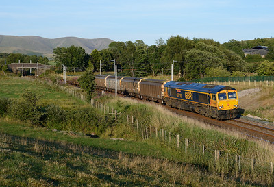 66710 passes Grayrigg with an early running Carlisle-Bicester MOD train, 25/7/18.
