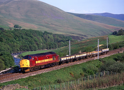 37503 hauls an engineers train through the Lune Gorge on 19/5/98.
