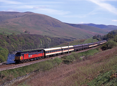 """47783 """"Saint Peter"""" passes through the Lune Gorge with empty stock on 3/5/98."""
