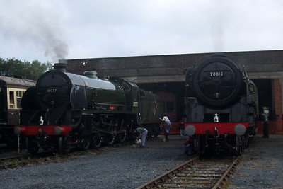 The two NRM-owned/5305LA-operated locos, 30777 Sir Lamiel and 70013 Oliver Cromwell.