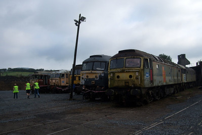 47489, 47526, 47772, 47492, 47525 and 47368 in the scrap line at Carnforth.