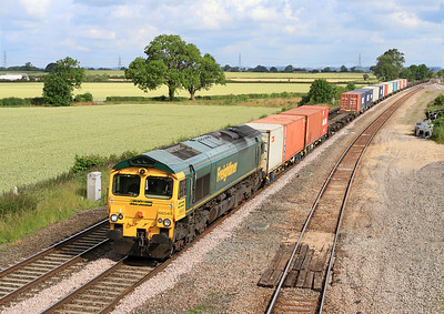 66545 passes Elford Loop with 4O54 06.13 Leeds to Southampton Freightliner.