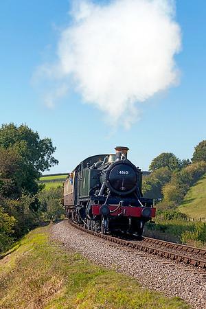 4160 climbs towards Woolston with the 14.45 Minehead to Norton Fitzwarren. Sunday 31st August 2014.