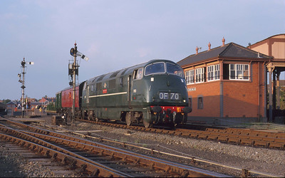 There is a strong Western flavour to this scene at Kidderminster as D821 indulges in a spot of shunting. 20/9/98