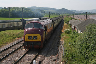 D821 approaches the box at Blue Anchor. 11/6/10