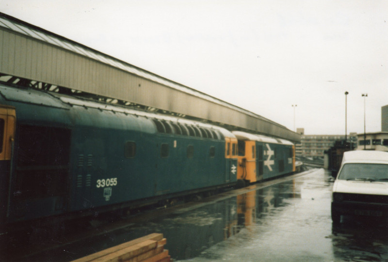 March 86 sees 33055 and the subsequently preserved 73139 in the dock bay platform - 20 years previously having hosted Class 3MT tanks.