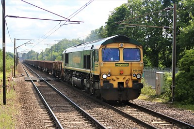 66559 approaches Welwyn North at 1631/6Y70 Alexander Palace to Whitemoor with an engineers train    20/06/20